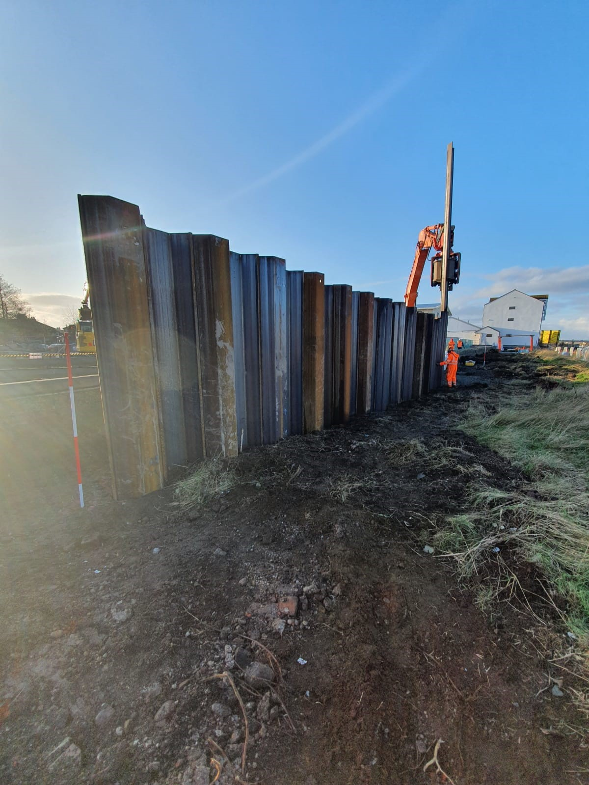 Sheet piles being installed at Yare Point, Cobholm (WP09)